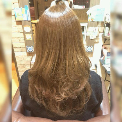 HairLaboCREO所属・浜地紗代のスタイル