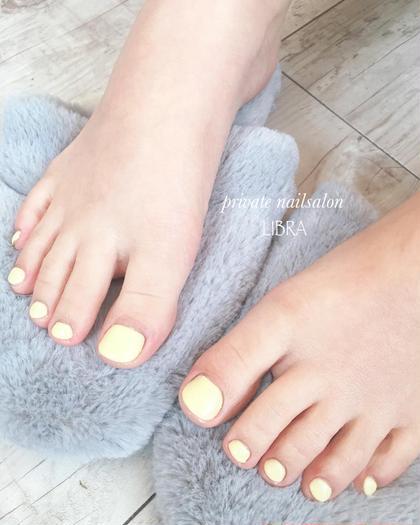 いつでも足元綺麗に❣️【初回価格ワンカラーorラメグラコース👣✨】ドライケア、爪の形成、足湯、フットマッサージ込み