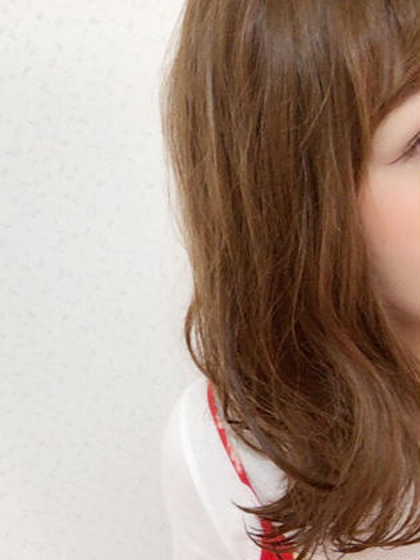 ミディアムの外ハネ! dot hair所属・risa.のスタイル