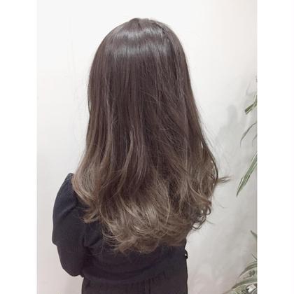 セミロング パーマ ミディアム ✨透明感たっぷりの潤艶グレージュ✨  カラーをしたのに髪質改善で髪が艶艶になります‼️  グレージュをするなら是非私にお任せください!!