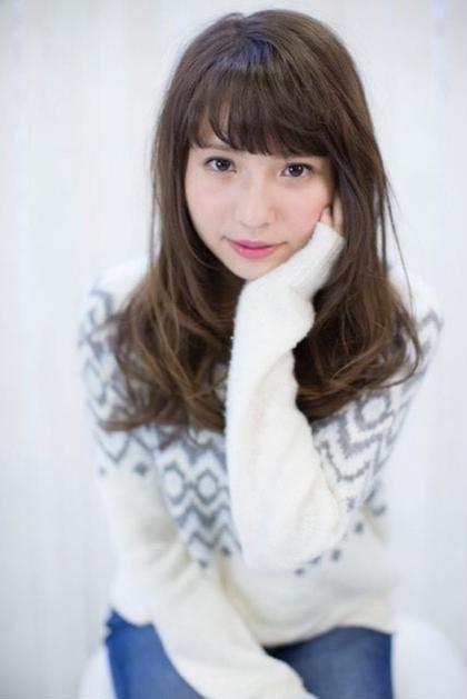 アッシュベージュってやっぱりかわ!! ♡  agir hair所属・河合真里奈のスタイル