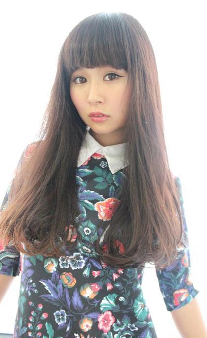 パッツン ストレートロング★  カラーはダークレッド! かっこよくて きれいめな雰囲気に。  hair x nail Park所属・野村由里香のスタイル