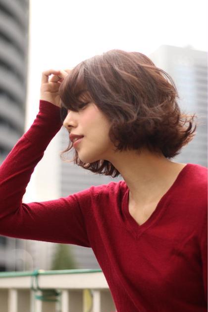 外はねにワンカールのラフなスタイル カラーは明るめのアッシュ系カラー シアバターでスタイリングOK abso新宿所属・森本純平のスタイル