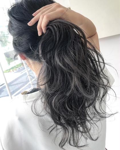 ナガカワコウヘイのセミロングのヘアスタイル