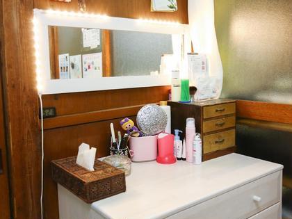 お化粧スペースあります。 VERINE MARY (ヴェリネマリー所属・隅澤沙由梨のフォト