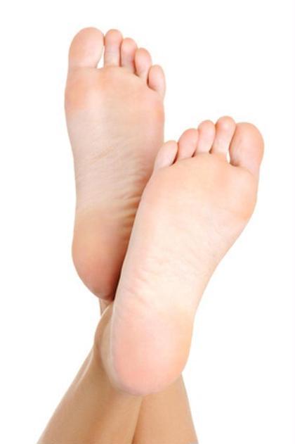 足裏角質除去つるつるコース 約30分⚠️30年12月5日〜31年1月3日この施術は休止します