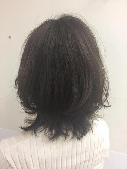 matt olive🥑  赤みの強い髪質のお客様 マットを多めに深いくすみのあるカラーで柔らかい印象に🌿