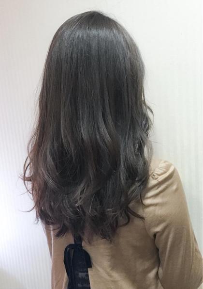 ワンカラー マットグレージュ gracebyafloat所属・麻生美穂のスタイル