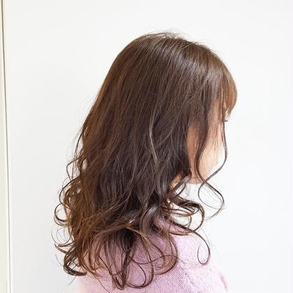 💗🍀SNSで話題のツヤ髪人気メニュー🍀💗🍀透明感イルミナカラー🍀💗シルクつやトリートメントサービス