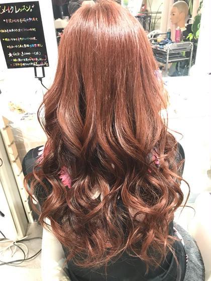 ピンクブラウンのヘアカラーで 髪の毛も肌も、艶々に! hair&make 8LAMIA8所属・hair&make8LAMIA8のスタイル