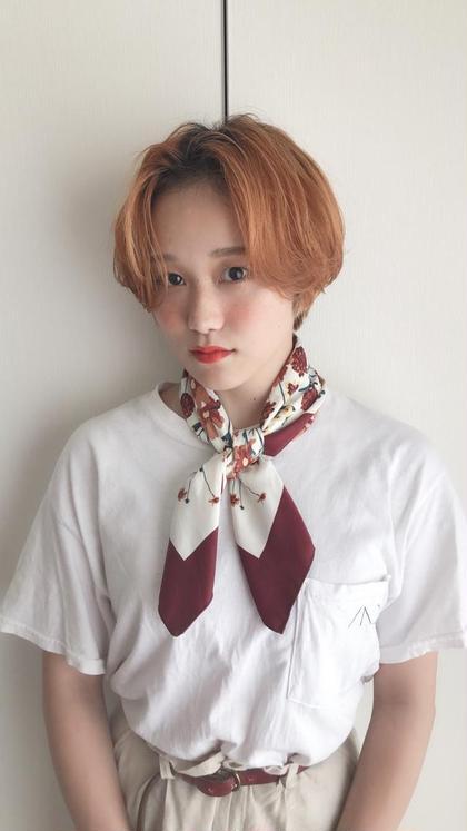 カットダブルカラー! 前髪は長めのハンサムショートに! 大人かわいいスタイル! カラーはブリーチをして秋にぴったりのオレンジカラーに!
