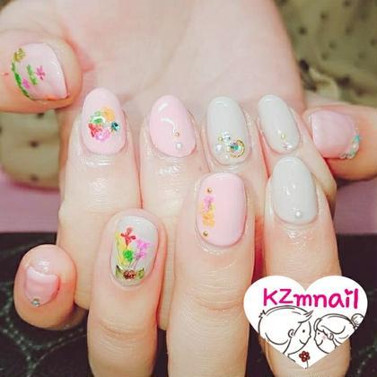 押し花ネイル♡ 親指は家と花をイメージに☆*。 絆~Kizuna所属・佐々木恭光のフォト
