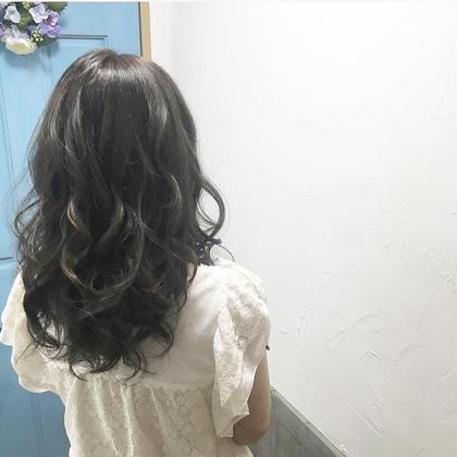 THROWカラー lico×little札幌駅前店所属・熊谷美咲のスタイル
