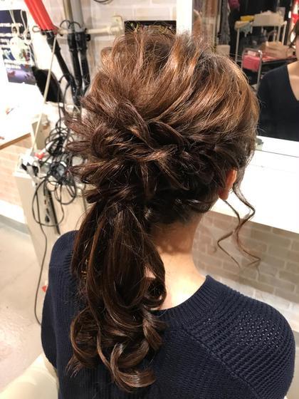 ポニーテールアレンジ 落ち着いた印象で可愛いです! hair&make 8LAMIA8所属・hair&make8LAMIA8のスタイル