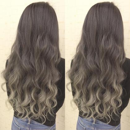 編み込みエクステ【おへそ近くの長さ】でグラデーション風スタイル‼️地毛が長めだとこんなに自然なグラデーションがエクステでもできます地毛も傷まないし色持ちも♂️✨ あるじゃんすー名古屋店のロングのヘアスタイル