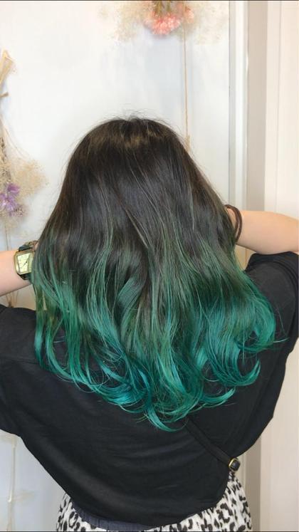 カラー セミロング オーロラグリーン×グラデーション