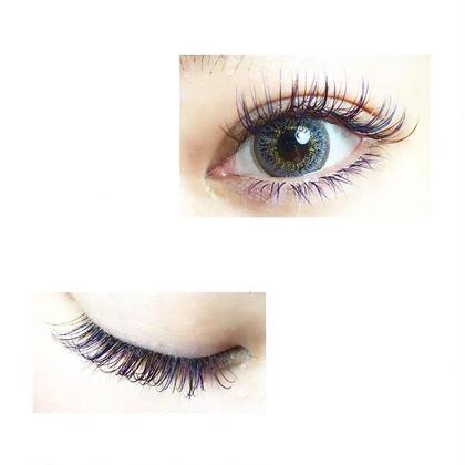 カラーエクステ上下付け放題 ブルー×パープル×ホワイト efil eyelash所属・efilakaneのフォト