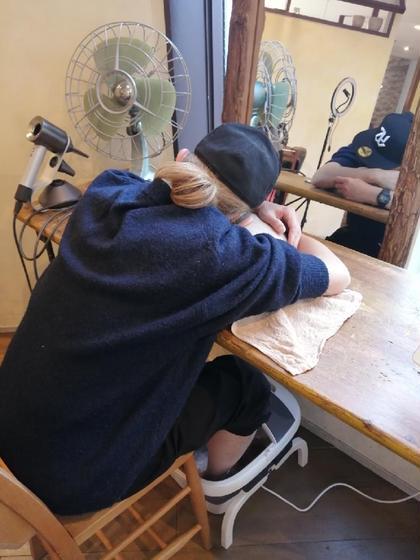 🌈マイクロバブルヘッドスパ+マイクロバブル足湯+頭 肩 肩甲骨マッサージ10分🌟