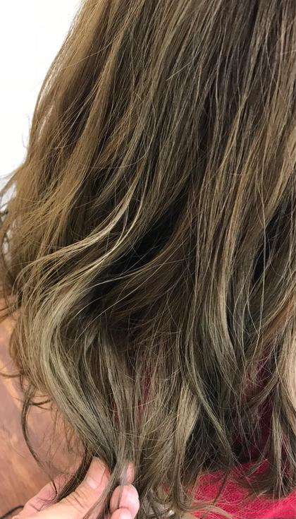 赤味の出やすい髪をグラデーションカラーで ナチュラルに柔らかいカラーに✨ CHE-VEUXPLUS【シェヴー・プリュス】所属・吉田和哉のスタイル