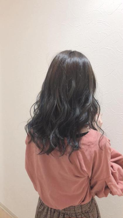 ローライトをたっぷり!! 陰影がつくので立体感がでます♪ hairdesignrocca所属・サカグチリコのスタイル