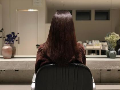 縮毛矯正でサラツヤヘアーに✨ダメージを最小限に抑えた薬剤選定でクセを伸ばす🌿※営業時間外のみ受付 お問い合わせ下さい