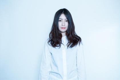 黒髪重めロング Anna hair所属・垣内智浩のスタイル