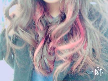 ポイントカラーを入れて♡ ピンクを入れました☆  普段よりも少し違う雰囲気が楽しめる! BECK所属・工藤未来のスタイル