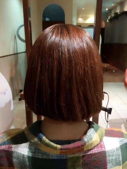 もともとはすごくダメージ毛でしたが、トリートメントをしてまとまり感のある髪型になりました!ショートヘアは毛先などがパサつきやすいので、トリートメントはオススメです☆ neolivecino所属・小島愛理彩のスタイル
