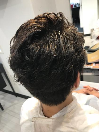いつも担当させて頂いているお客様の旦那さま(^^) 前髪もばっちり上げてとてもお似合いでした♪♪ 今村亜未のパーマ