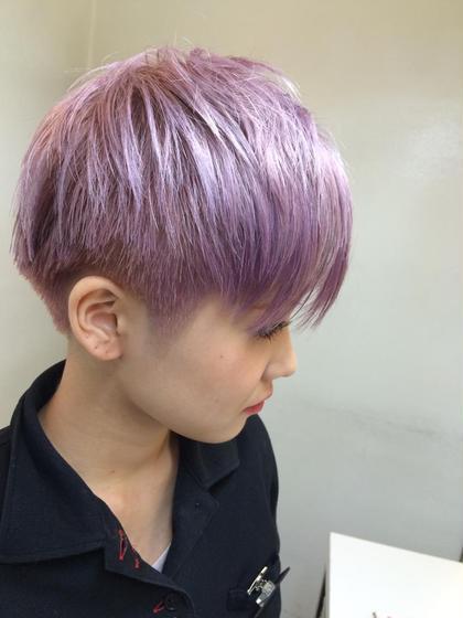サイドとバッグの毛は刈り上がってます♡ ブリーチ必須のシアーモーヴカラー♡ 加工無しです♡ ZA/ZA所属・maikasuzukiのスタイル
