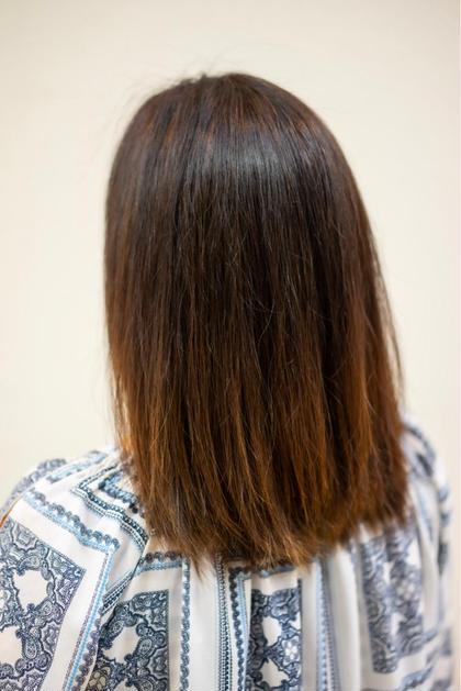 白髪の根元染。広がりやすい髪質なのでaujuaのアクアビアでシャンプートリートメント後にアイロンで仕上げました! ブルースカイ所属・赤石匠のスタイル