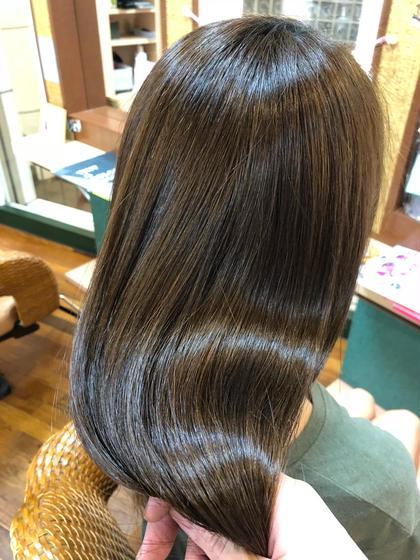 "beforeとafterの写真を撮らせてくれる方♪♪✨ハイダメージに最適✨""髪の芯から潤う導入型トリートメント"""