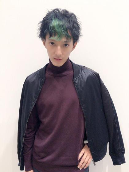 東京ビューティコングレス! メンズ部門にて審査員特別賞受賞作品! マッシュベースのスタイルに前髪のウェーブがグリーンのカラーでさらに雰囲気をアップさせてます! ash町田所属・國吉真弥のスタイル