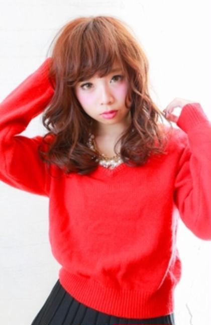 レッド系カラーでポップなかわいさ!艶感が欲しい人にもオススメ 担当AKILA MODE K's阿倍野店所属・高野耀子のスタイル