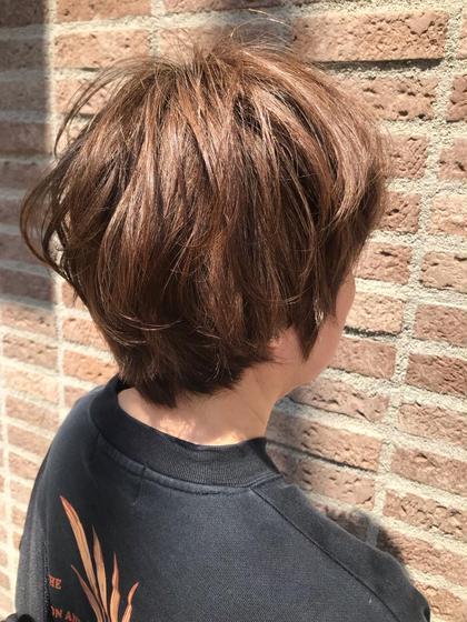 くびれショートにパーマをプラス! 根元がぺたんこになりやすい方や 毛先に遊び毛を作りたい方必見です!!