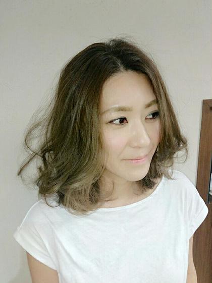 グレージュカラーのボブスタイル☆ Hair Salon Noa所属・有村慶子のスタイル