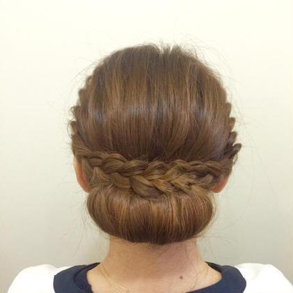 【編み込みシニヨン】 きちんと感を演出出来るまとめ髪。 結婚式や二次会で使えるヘアスタイルです♫ Tipetto大森所属・アイリストLuのフォト