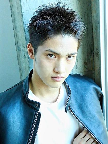 【男性方必見】 メンズカット+選べる極上頭皮ケアSPA+潤トリートメント ¥3980