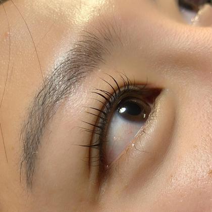 eyelashSpaniel所属のeyelashSpanielのマツエクデザイン
