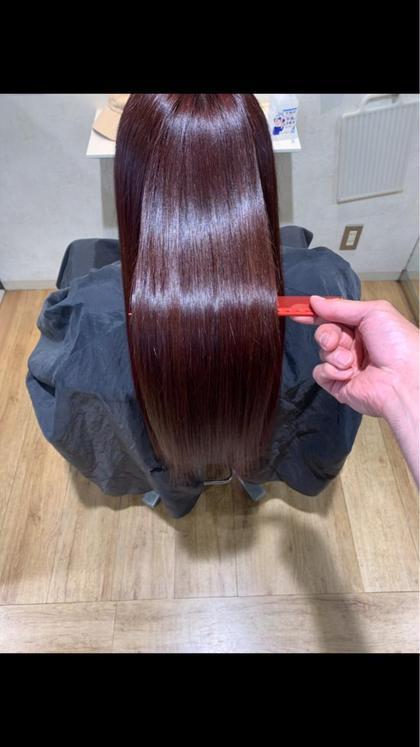 酸熱トリートメント【グリニコ】                      平日11時〜17時2名様限定 髪質改善