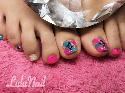 (foot)ベタ塗りにアート2本