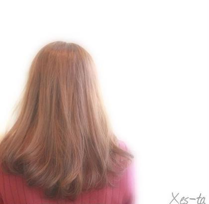 毛先をワンカール巻くだけで印象が変わりますね XES-TA所属・中村よしひでのスタイル