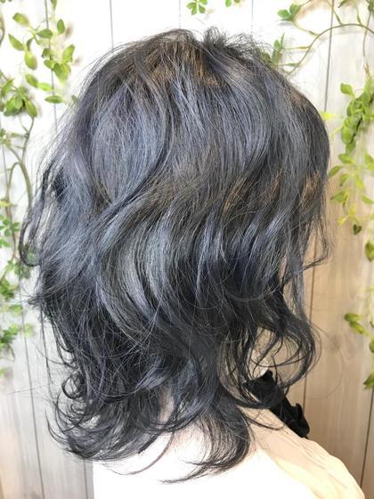 カラー ミディアム 暗髪でもオシャレに♪ ブルーブラック★