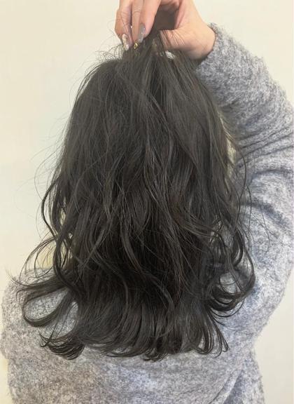 カラー ミディアム ノンブリーチwcolor / greige✂︎ ベース.毛先ブリーチ