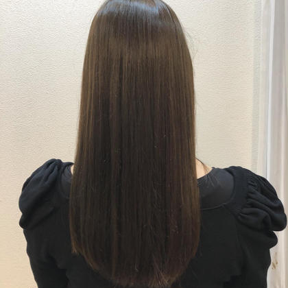 💐[髪質改善で大人気✨]ダメージレス酸性矯正+韓国風小顔カット+トリートメント