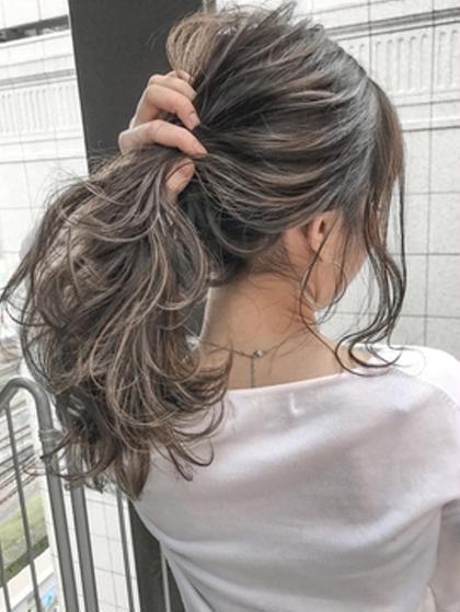 塚本真由のロングのヘアスタイル