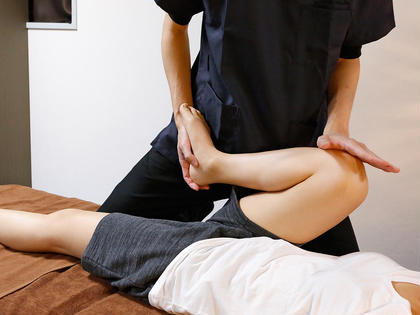 S❣️瞬間【股関節矯正】❣️股関節の詰まり⚡️股関節が硬い🦵🏻細く長く👯♀️15分で股関節矯正体験❤️