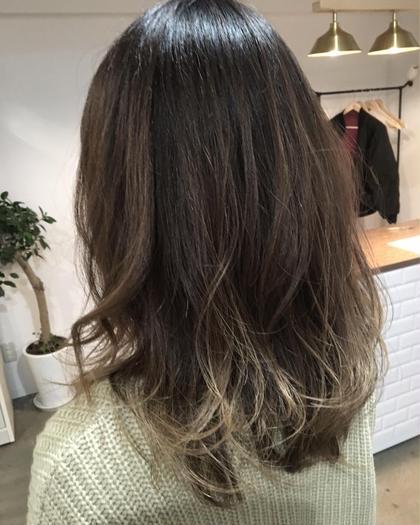 毛先整えて重いとこを軽くしました♪くせ毛風に巻きました☆ hairlabshiro所属・吉原勇気のスタイル