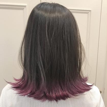 カラー ヘアアレンジ ミディアム 毛先だけの裾カラー☆  毛先はブリーチでその上からマニキュアを いれてます^ ^