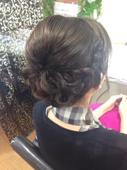 編み込み ショート パーティアップ ヘアセット ヘアアレンジ  Charm Hair Resort所属・安田紘果のスタイル